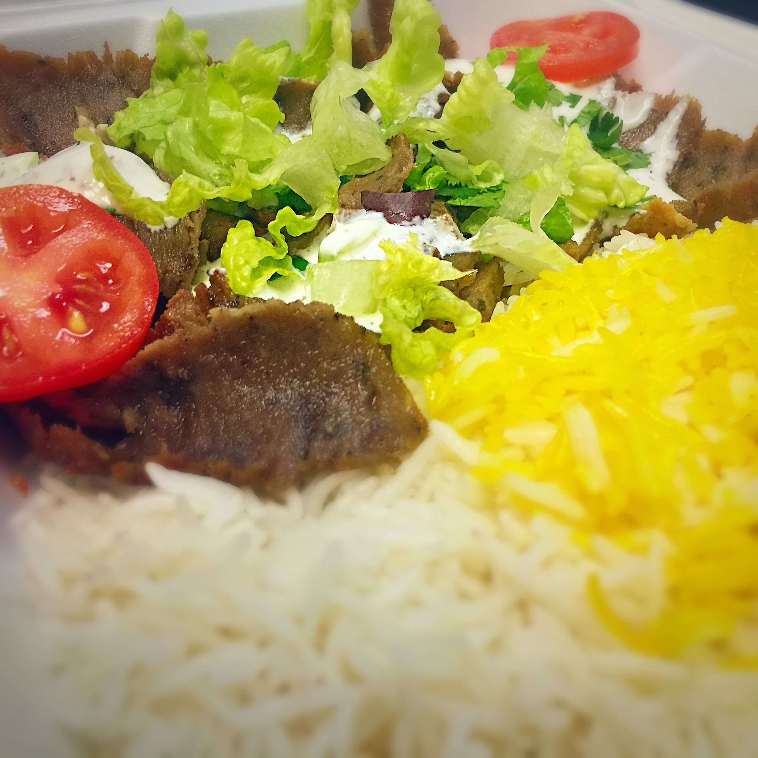 28.Lunch Gyro Plate